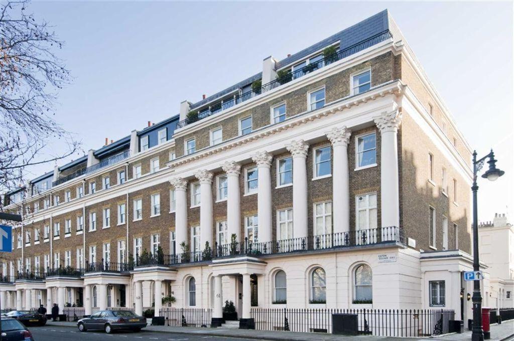 bedroom apartment for sale in Eaton Square Belgravia London SW1W