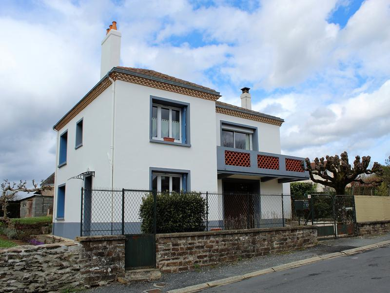 2 bed house in Aquitaine, Dordogne...