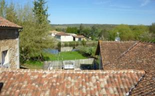 2 bedroom property for sale in Montbron