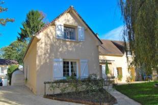 5 bedroom home in braisnes, Oise, France