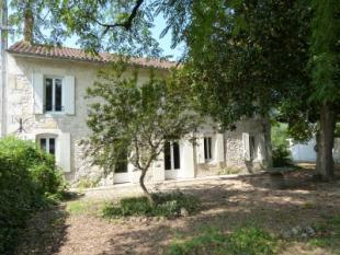 4 bedroom house in pineuilh, Dordogne...