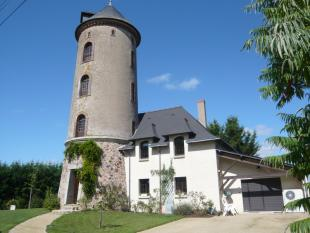 5 bed home for sale in Pays de la Loire...