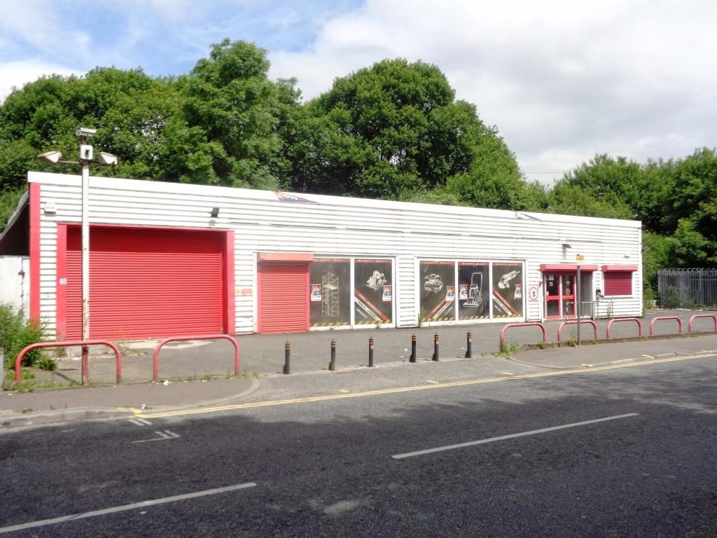 Commercial Property Trade : Trade counter for sale in milnrow road rochdale greater