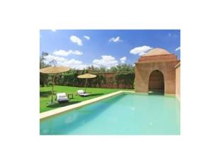 Villa for sale in 300m2 villa - 3 ensuite...