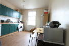 3 bed Maisonette to rent in Crescent Road, London...