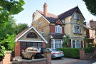 6 bedroom Detached home in Spencer Road, London