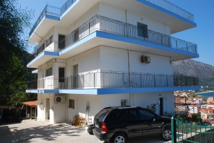 3 bed Ground Flat in Ionian Islands...