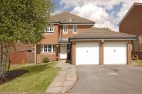 4 bed Detached property in Warfield, Berkshire
