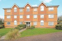 Flat for sale in Warfield, Berkshire