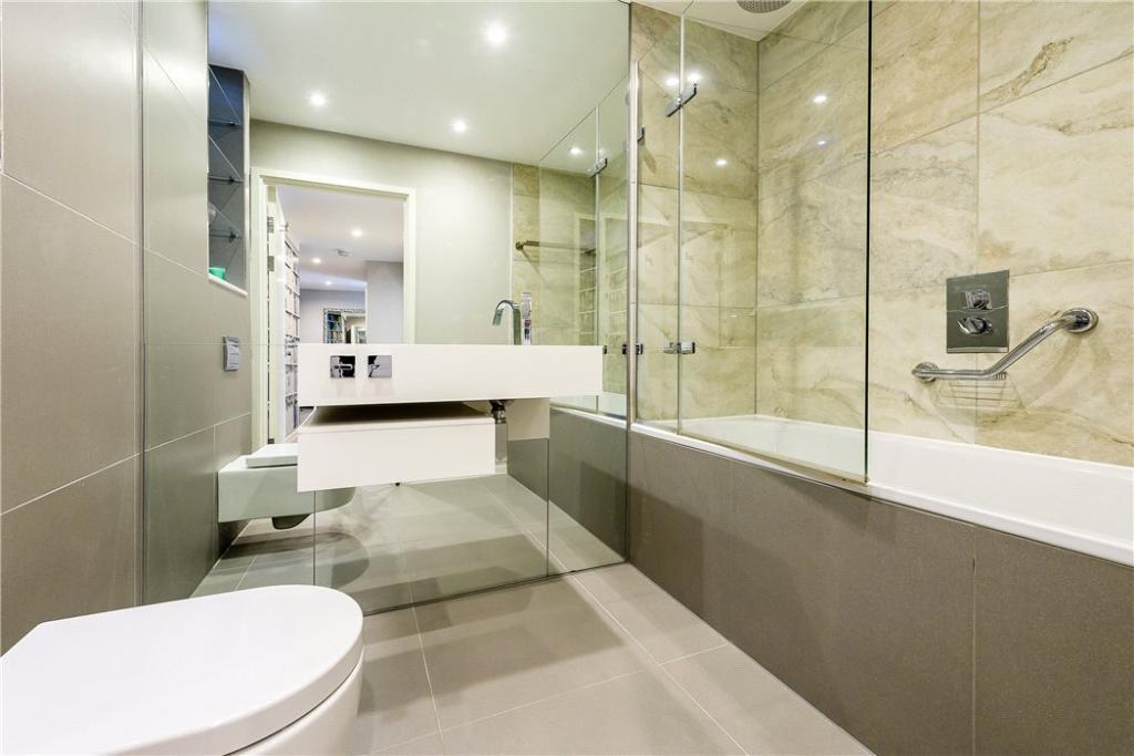 Bathroom: Ec1