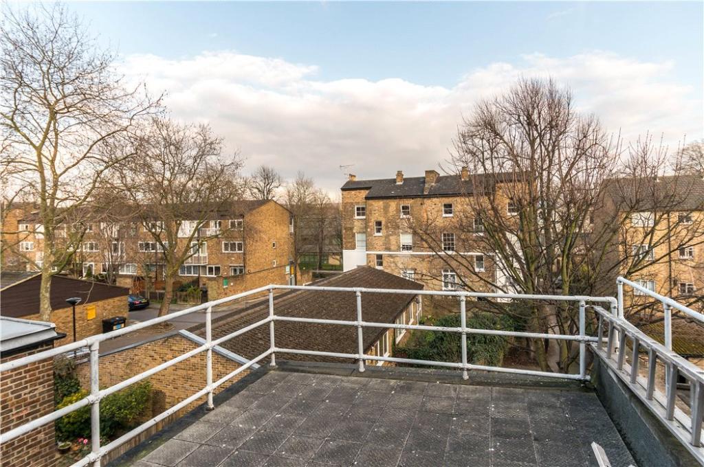Highbury: Terrace