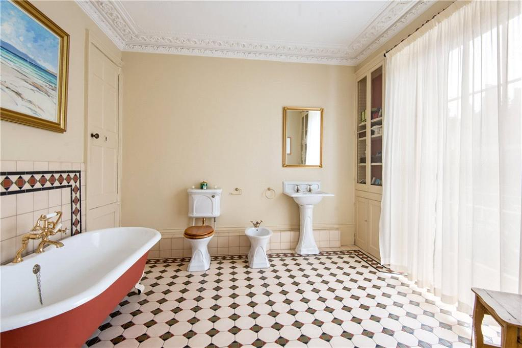 Ec1 : Bathroom