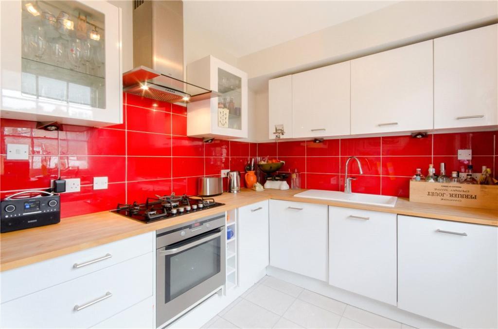 N1: Kitchen