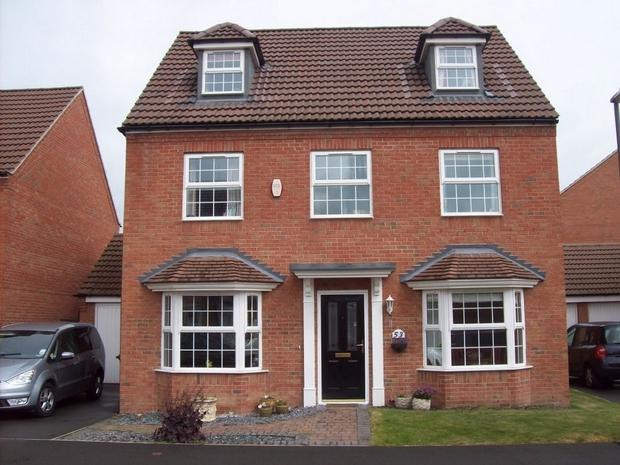 5 bedroom detached house for sale in sherbourne drive hilton derbyshire england de65
