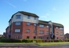 Flat to rent in Longdales Court