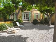 Villa for sale in Isle Sur La Sorgue...