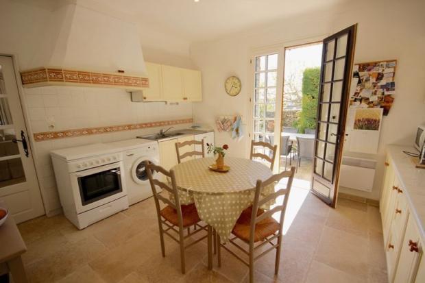 Dining kitchen +...