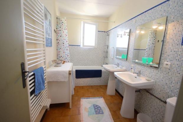 Bathroom. House 1