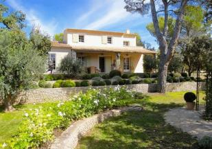 4 bed Detached house for sale in 84800...