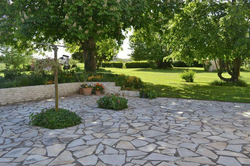 crazy paving garden design ideas photos inspiration