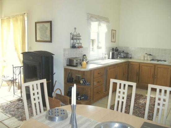 Studio Kitchen -...