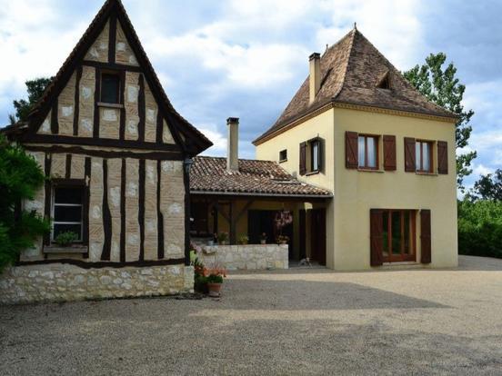 House and Maisonette