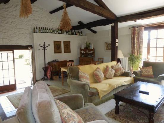 cottage salon