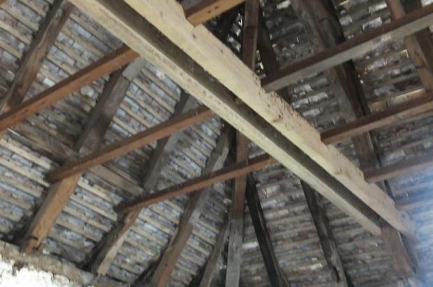 Pigeonier Roof