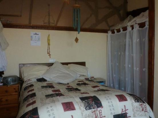 Main house bed 2
