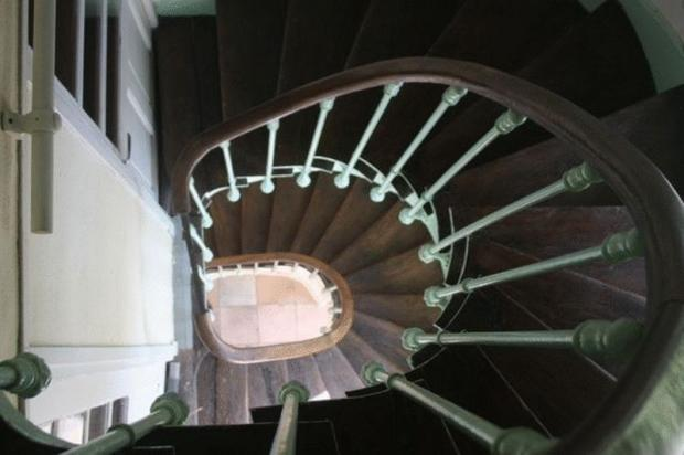 Escalier / Stairs