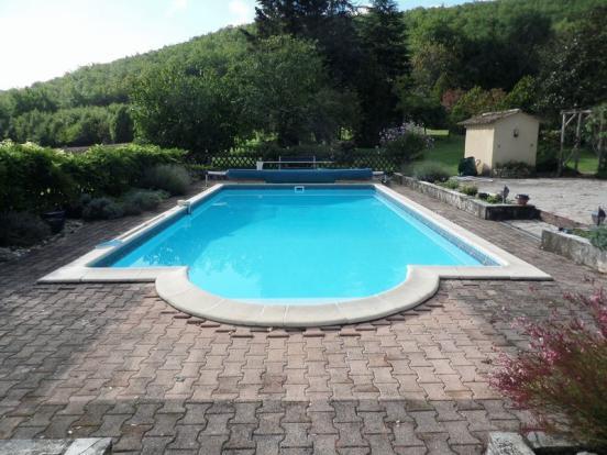 Pool / House