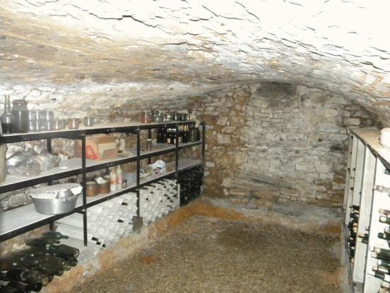 Cave voûtee/Vaulted