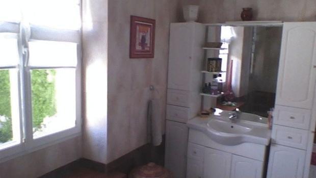 Shower room sink...