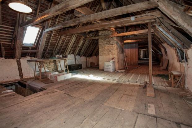 Full length of loft