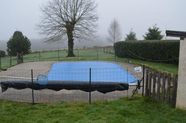 Pool - winter cover