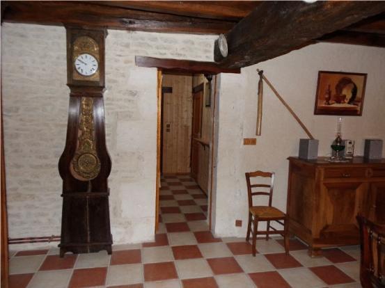 Lounge (corridor to