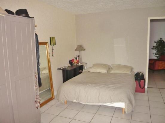 Bedroom area...