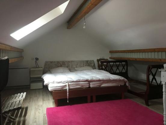 Bedroom (ff)