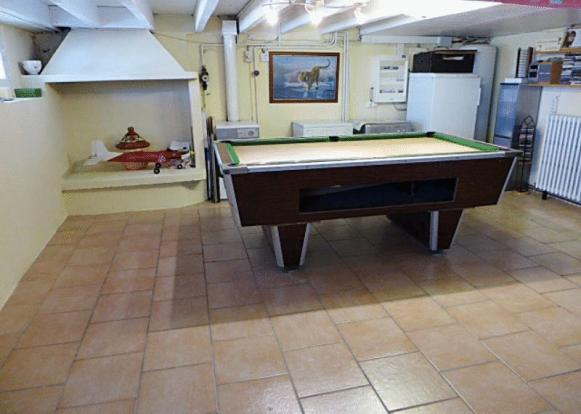 Games Room, Laundry