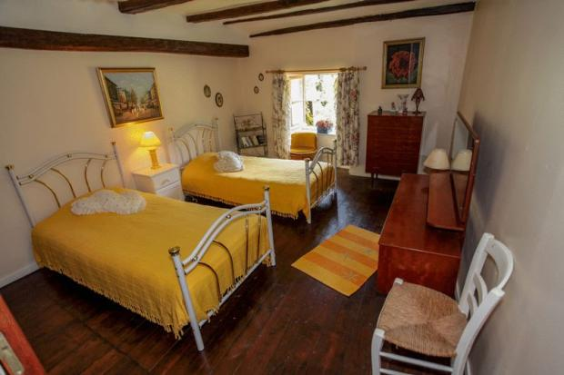 Farmhouse - bed 2