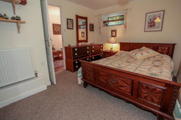Cottage -Bedroom 2