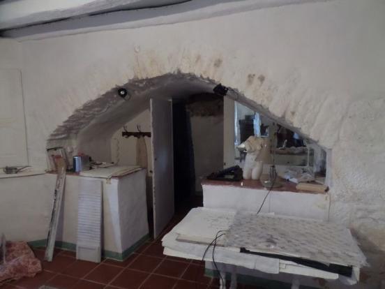 Shower room Bed 1