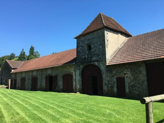 Barns, stabling and