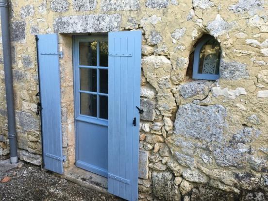 Door to bedroom 2