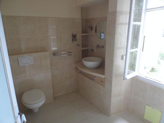 Bathroom Bedoom 1