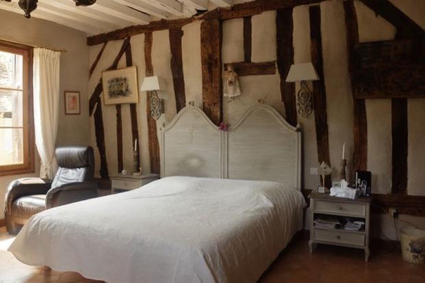 Manor bedroom 3