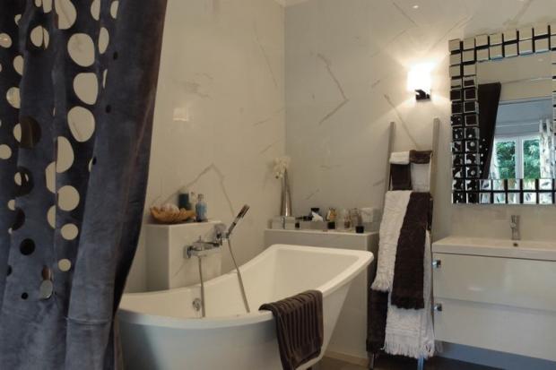 Manor bedroom 1 en