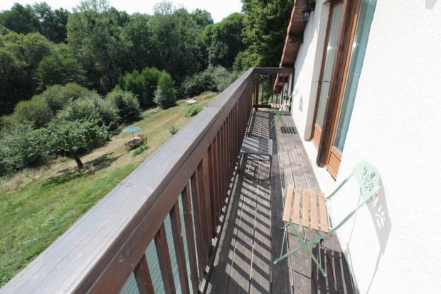 Balcony (gite) over
