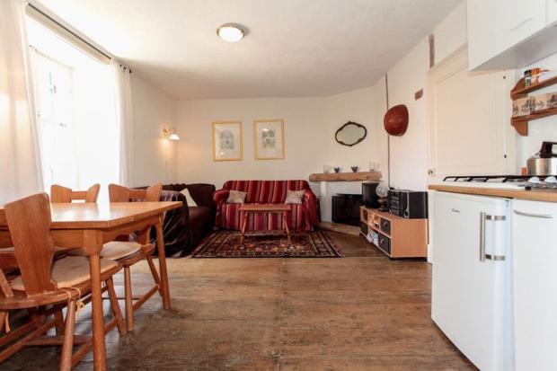 Gite 1 living area-