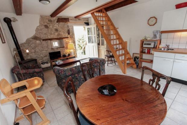 gite 3 living room